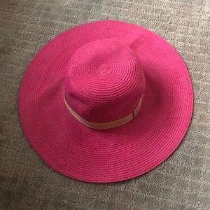 Accessories - Pink floppy hat
